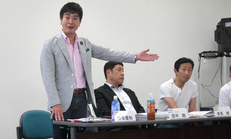 写真:かながわ経営カンファレンス実行委員長 榎本重秋氏